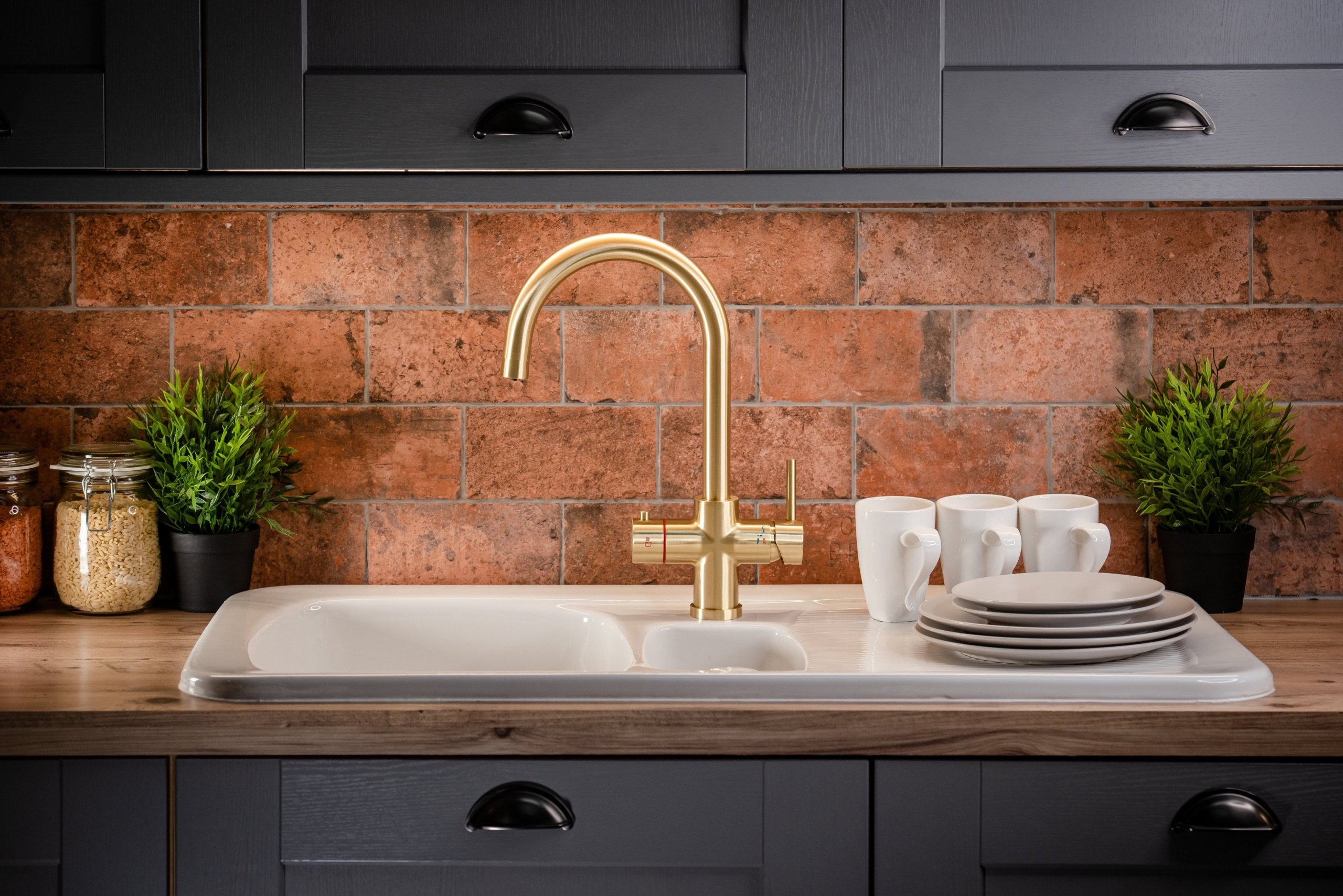 Brushed Gold Swan Neck 4 in 1 Instant Boiling Water Tap